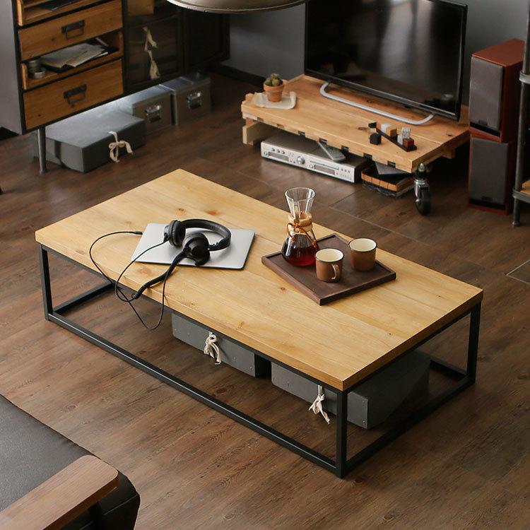 デザイン性の高いテーブル